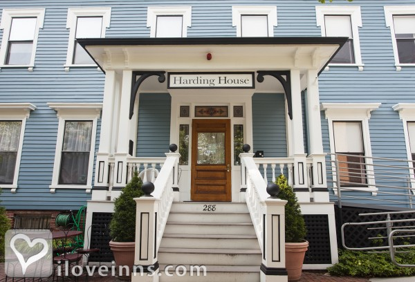 cambridge mass bed and breakfast gay