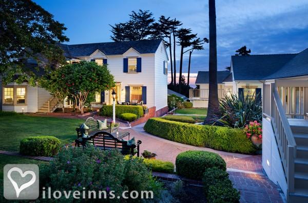 Colonial terrace inn in carmel california for Terrace hotel breakfast