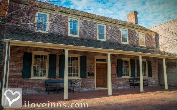 White Swan Tavern, Colonial Inn Gallery