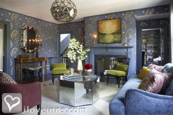 Hawthorne Inn Gallery