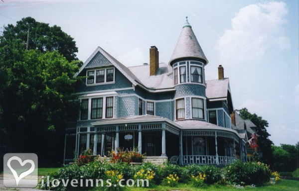 The Hancock House Bed And Breakfast Inn Dubuque Ia