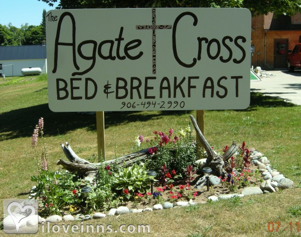 Agate Cross Bed & Breakfast Gallery