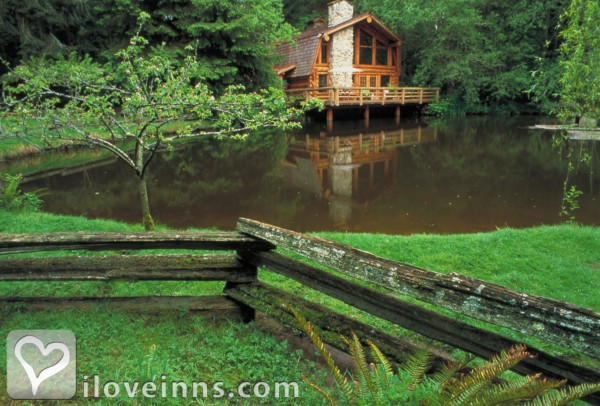 Guest House Log Cottages Gallery