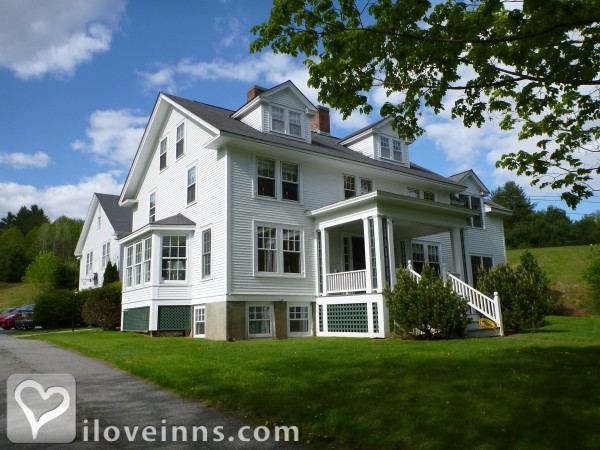 The Trumbull House Bed & Breakfast Gallery