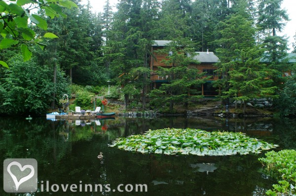 Pearson's Pond Luxury Inn and Adventure Spa Gallery