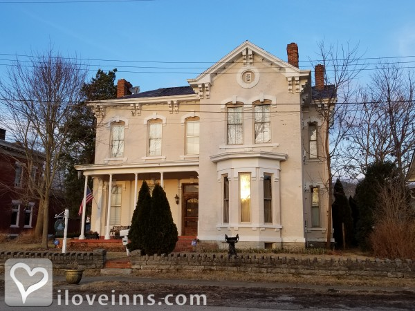 Susanna's Guest House on the Ohio River Gallery