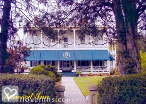 Boxwood Inn Gallery