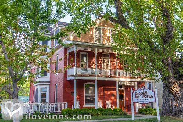 The Bross Hotel Bed & Breakfast Gallery