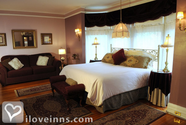 The Oliver Inn Bed and Breakfast Gallery