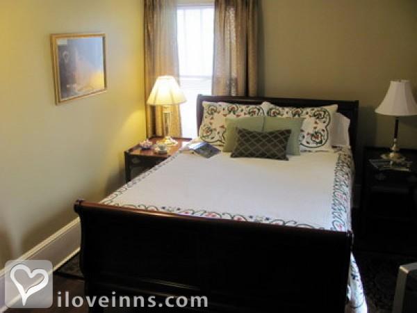The Kerr House Bed & Breakfast Gallery