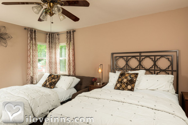 Rosemont Inn Bed & Breakfast Gallery