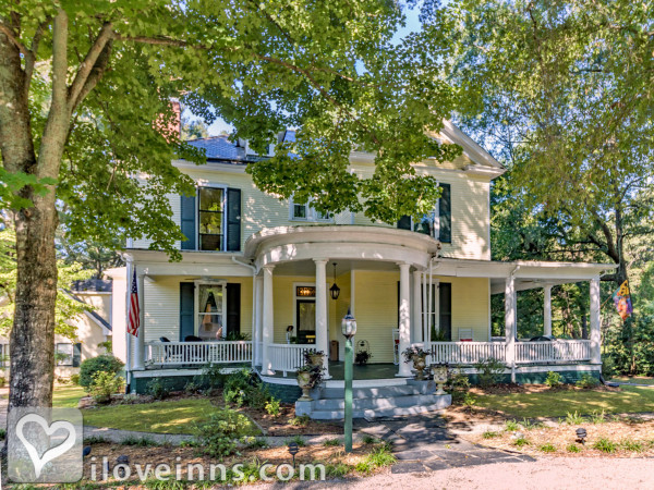 Ivy Bed & Breakfast Gallery