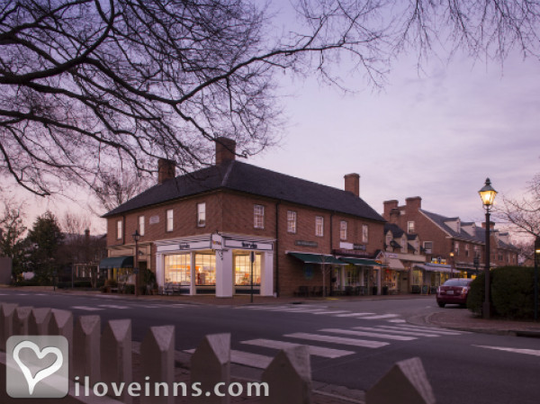 the fife drum inn in williamsburg virginia. Black Bedroom Furniture Sets. Home Design Ideas